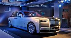 rolls royce car 2018 rolls royce phantom launched price in india starts