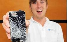 Wow Jasa Ini Bisa Memperbaiki Iphone Walaupun Sudah