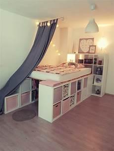 bett aus ikea regalen ein hochbett aus ikea kallax regalen regal kinderzimmer
