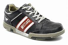 mustang shoes matias trainers in grey at sarenza co uk