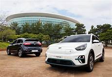 kia takes the wraps niro electric suv cleantechnica