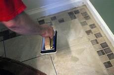 fliesen verlegen badezimmer how to remove a tile floor how tos diy