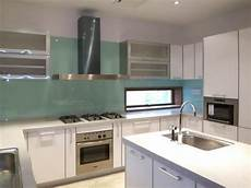 glass backsplash what type of glass is used is it frosted