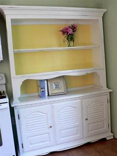 Schrank Shabby Streichen - how to paint furniture bless this mess