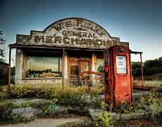 Town Garage Berlin by This Abandoned Gas Station In Cogar Oklahoma Was Used In