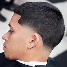 skin taper haircut exle cutts tapered haircut taper fade short hair blowout haircut