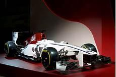 alfa romeo formule 1 check out alfa romeo s powered formula 1 race car