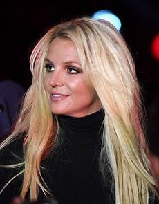 Britney Spears Fans Are Noticing Some Odd Activity On Britney Spears
