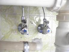 wasser in der k 252 che abstellen wasseranschluss