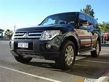 2008 Mitsubishi Pajero Exceed Petrol Review  Photos