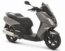 scooter 50 cm3 125 cm3 200 cm3 3 roues peugeot