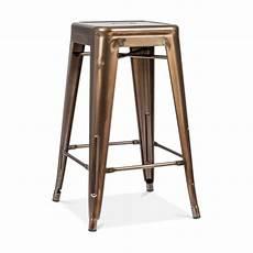 tabouret de bar metal tolix tabouret industriel de style pouchard en bronze brut de