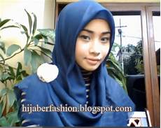 Pintar Pakai Jilbab Tutorial Segi Empat Yang Praktis
