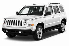 how cars work for dummies 2011 jeep patriot interior lighting 2011 jeep patriot reviews and rating motor trend