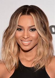 ciara honey blonde medium wavy hairstyle for black women styles weekly