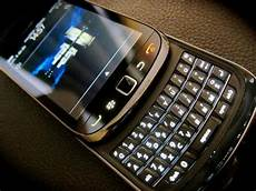 how to install whatsapp blackberry 7 steps