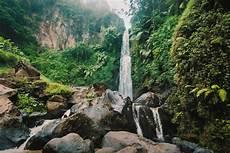 Gambar Air Terjun Sumber Air Pemandangan Alam Badan