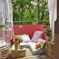 Balkon Sichtschutz Ideen - balkon ideen mit sichtschutz und sitzkissen freshouse