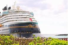 how to choose the best disney cruise ship for your family