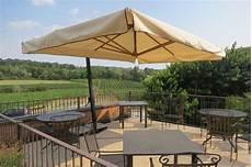 ombrelloni per terrazze ombrelloni in legno pave snc