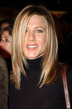 30 Aniston Hairstyles Ideas To Copy Magment