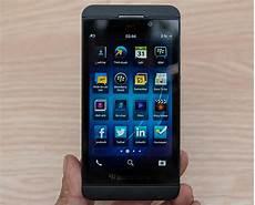 Entertainment Gambar Blackberry Terbaru Menyerupai