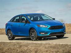 2017 ford focus price photos reviews features