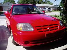books about how cars work 2005 hyundai accent interior lighting 2005 hyundai accent overview cargurus