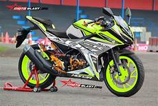 Modifikasi Striping All New Cbr150r by Modifikasi Striping Honda All New Cbr150r White Green Lime