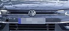 auto abmelden und neues anmelden volkswagen bekommt ein neues logo so sieht das neue
