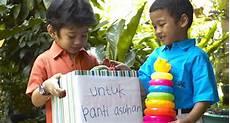 Tips Mengajarkan Anak Agar Mau Berbagi Sayangianak