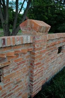 mauern mit alten backsteinen bildergebnis f 252 r zaunpfosten aus ziegeln mauern