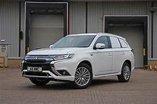 Mitsubishi Launches Outlander In Hybrid Commercial