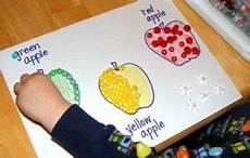 paper tearing and pasting worksheets 15710 5 apple crafts for can do this with paper tearing and matching apple preschool preschool