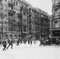 foto braune berlin stra 223 enterror so hilflos stand weimar vor der gewalt der
