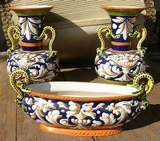 foto vasi tre oggetti in ceramica antiquariato su anticoantico