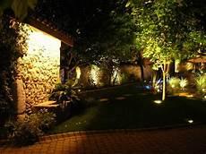 éclairage de jardin comment 233 clairer jardin avec des spots led 233 tanches ip68