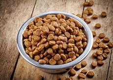 croquette chien croquettes que mangent en r 233 alit 233 nos chiens