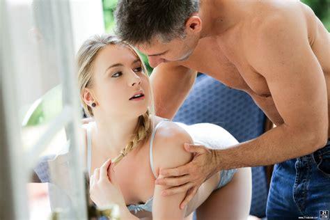 21 Natural Porn