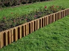 bordure de jardin en bois bordure m 233 tis en pin classe 4 bois durapin all 233 es