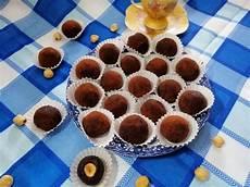 dolcetti con wafer sbriciolati tartufini di wafer ricetta dolcetti ricette e ciotole