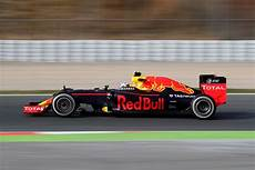 bull formule 1 the 2016 formula 1 season your guide to the teams associated brands