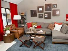 wohnzimmer rot grau and gray tuscan inspired living room hgtv