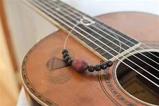 How To Make Jewelry From Guitar Strings With Pictures Ehow
