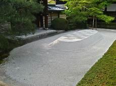 unkrautfolie unter kies how to create a zen garden
