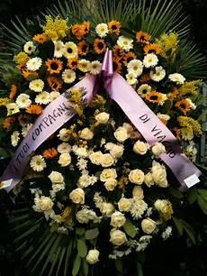 costo fiori la corona di fiori xl per ordini telefonici chiama 06