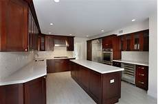 Decorating Ideas Cherry Cabinets by Decorating With Cherry Wood Kitchen Cabinets Cabinet