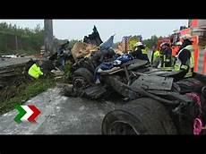 Tödlicher Unfall - t 246 dlicher lkw unfall auf der a3