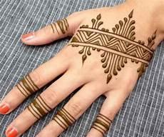 Terbaru 22 Gambar Henna Untuk Tangan Gani Gambar