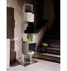 librerie a colonna libreria colonna verticale design moderno in acciaio